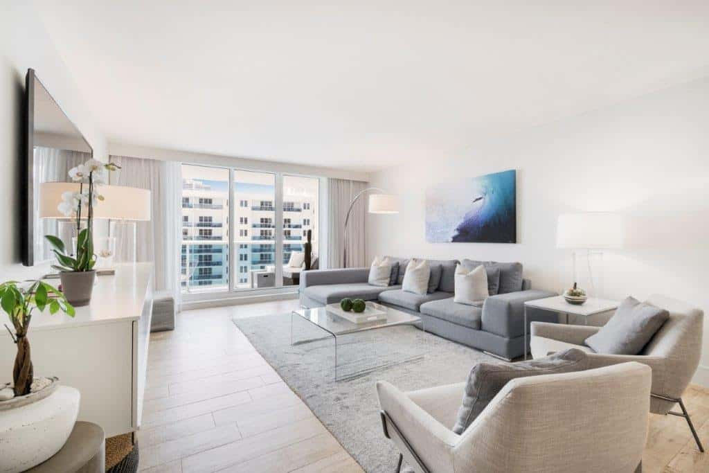 1 Hotel & Homes Condo Just Sold