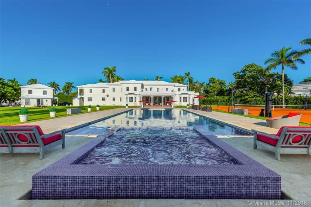 Luxury mansion for sale in Miami Beach: 100 La Gorce Circle, Miami beach, FL 33141