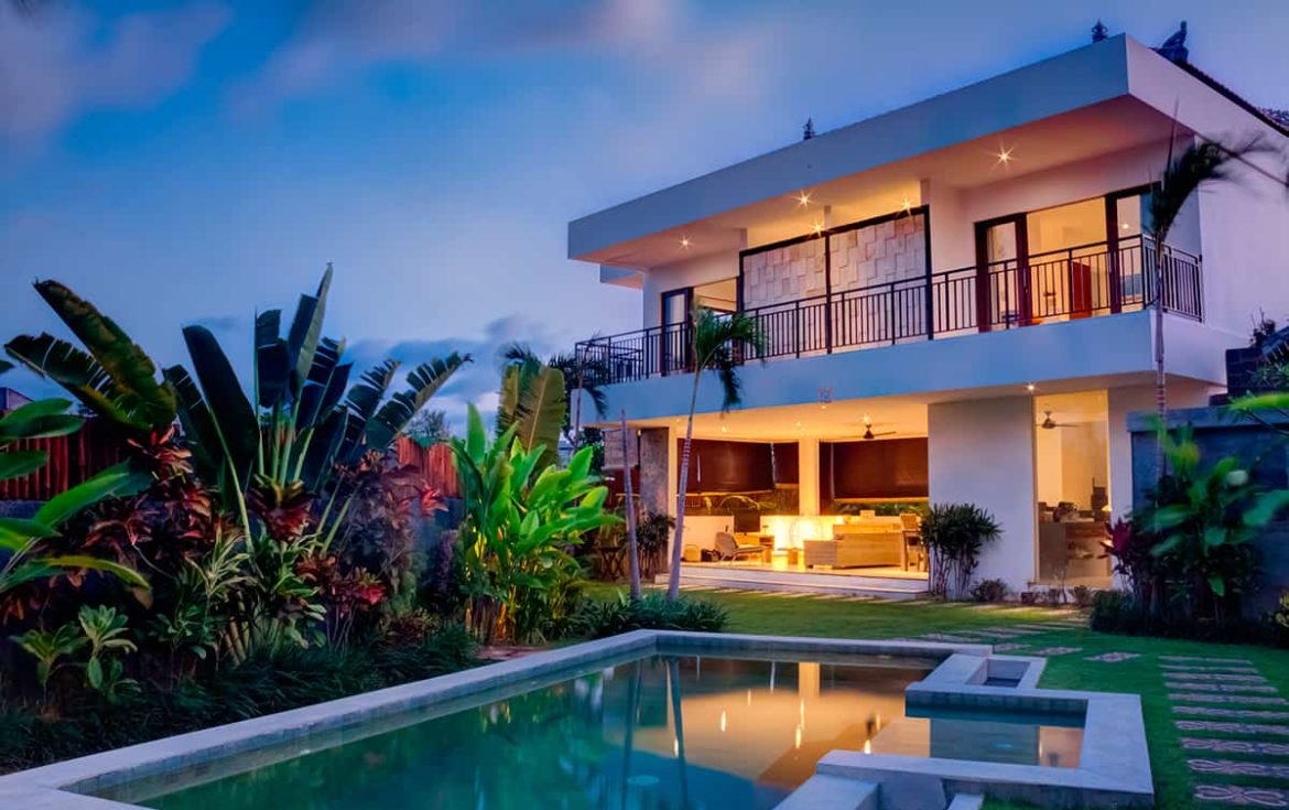 10 Must-Have Features Your Next Luxury Home Needs