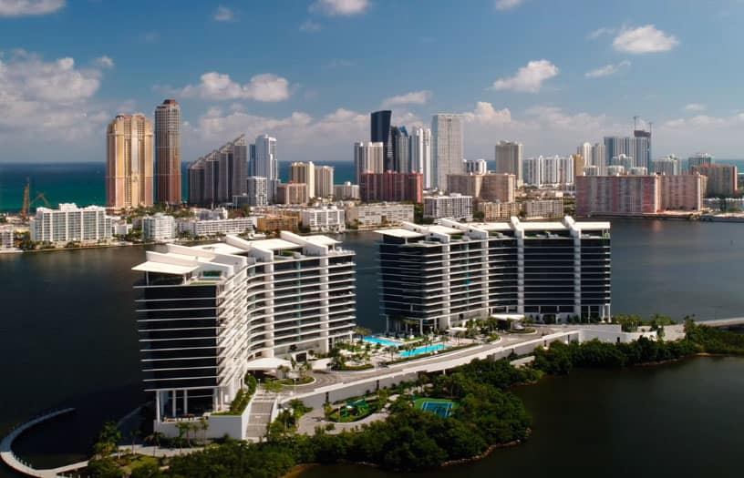 Prive Aventura condos for sale