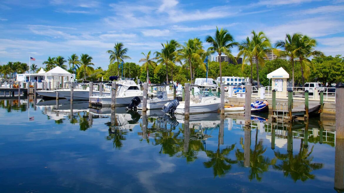 Best Gated Communities in Coconut Grove